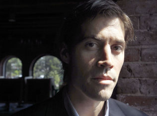<p>DREPT: Journalist James Foley (40).<br/></p>