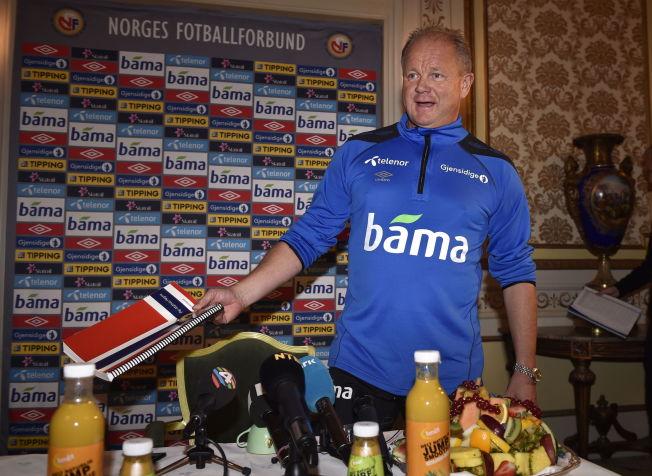 <p>MYE KLART: Per-Mathias Høgmo vil ikke si noe om Italia-kampen går ut på samme kampplan som mot England. Den fikk solid kritikk.<br/></p>