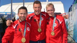 <p>JUBELGUTTER: Stian Bogar, Ole-Kristian Bryhn og Odd Arne Brekke etter gullet på 300 meter liggende lagkonkurranse tidligere i VM.<br/></p>