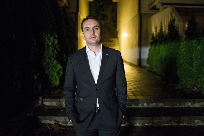LANGT NEDE: Oslos byrådsleder Stian Berger Røsland tok i mot VG hjemme på Slemdal sent i går kveld. Han legger ikke skjul på skuffelsen etter at egne partifeller i Høyre forkastet OL-søknaden han har stått i bresjen for siden 2007.
