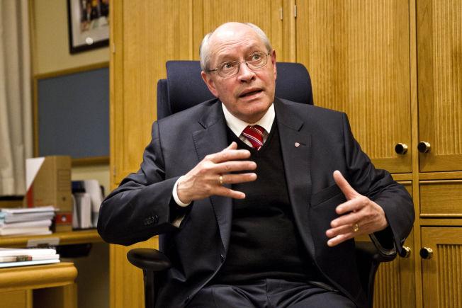 <p>DROPPER MIDDAG MED KONGEN: Ap-politiker Martin Kolberg dropper slottsmiddagen til fordel for LOs felleskonferanse. FOTO: FRODE HANSEN/VG</p>