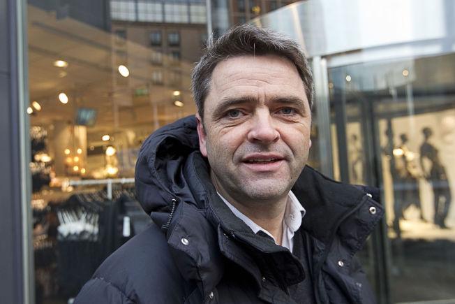 <p>SAVNER KREATIVITET: Forbrukerøkonom Magne Gundersen syns man bør bruke hodet mer enn lommeboken når det kommer til julegaver.<br/></p>