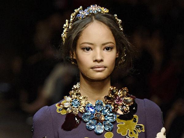 4e0a32ad GLITRENDE: Få catwalkshow kan måle seg med Dolce & Gabbana når det gjelder  bling-