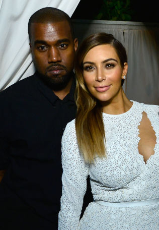 <p>STJERNEPAR: Kanye West og Kim Kardashian.</p>