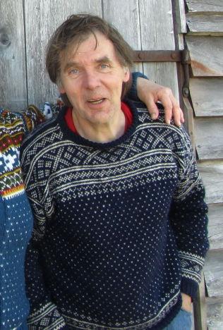 <p>ØYBOER: Roar Moe bor alene på Litle Færøy i Solund kommune og brenner for den gamle kystkulturen.<br/></p>
