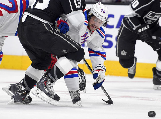 <p>POENG-HISSIG: Mats Zuccarello har vært involvert i mange av New York Rangers' scoringer i det siste. Mot Los Angeles Kings var han mer anonym.</p>