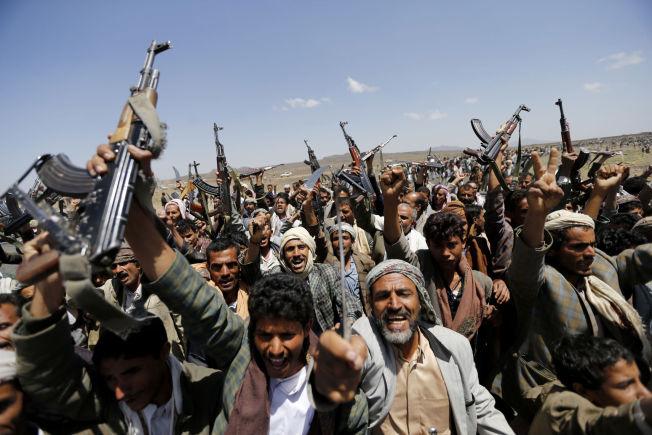 <p>PÅ BRISTEPUNKTET: I høst tok stammegrupperingen Houti (på bildet), som tilhører shiaretningen, over Sanaa. Det kan føre til at al-Qaidas avdeling i Jemen, som er en sunniorganisasjon, kan få økt støtte.<br/></p>