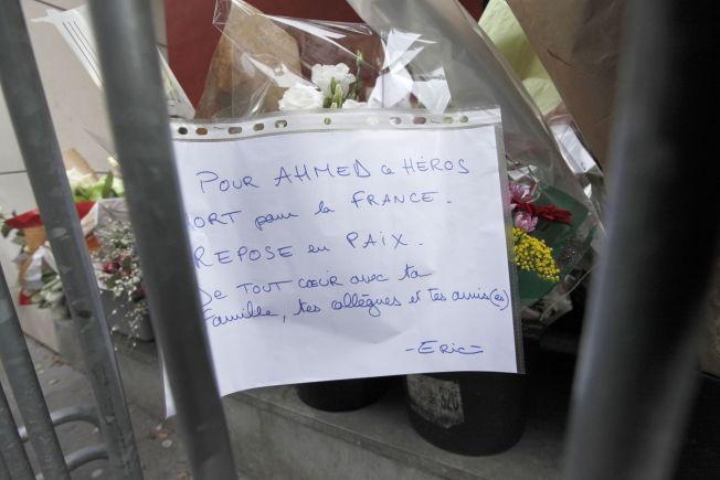 <p><b>BRANN I ISLAMS HUS:</b> – Det er nødvendig at muslimer erkjenner at problemet eksisterer og tar et oppgjør med de foreldede tradisjonene. Det må med andre ord gjøres om på den tradisjonelle praksis i islam, skriver Naser Khader. Bilde fra demonstrasjonene mot terroren i Frankrike sist uke.</p>