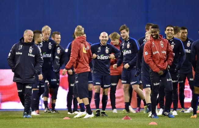 <p>HÅP: Det er som regel håp i et hengende snøre. Det norske landslaget, her fra fredagens trening, håper å overraske borte mot Kroatia.<br/></p>