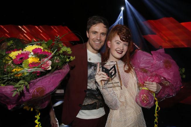 <p>PARTNERS IN CRIME: Kjetil Mørland og Debrah Scarlett etter seieren i Oslo Spektrum i mars.<br/></p>