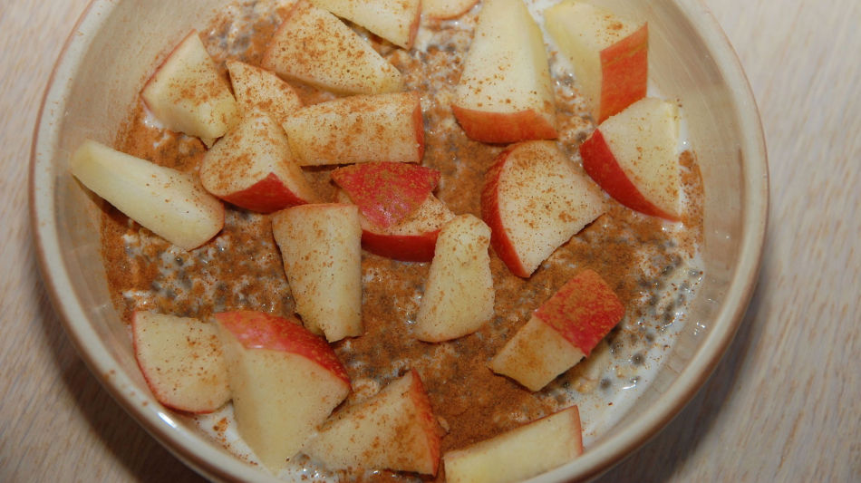Chiafrøpudding med eplebiter