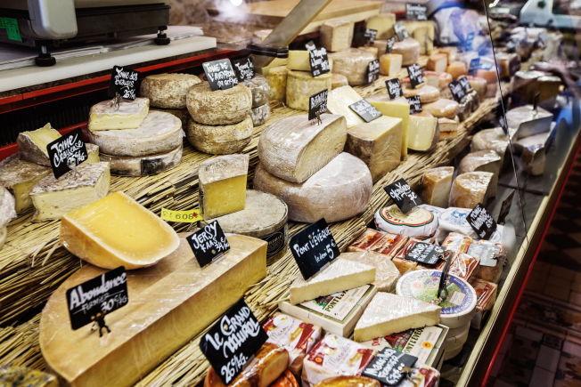 <p>FRANSKE OSTER: Her fra ostebutikken Fromager Affineur ved Marche d'Aligre i Paris.<br/></p>