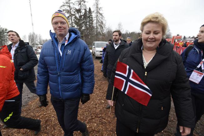 <p>GODT GIFT: Sindre Finnes og statsminister Erna Solberg, her under Ski-VM i Falun i Sverige tidligere i år.<br/></p>