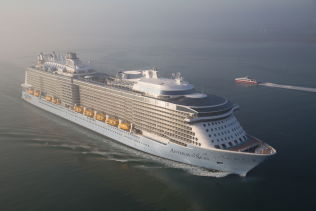 Verdens nest største cruiseskip