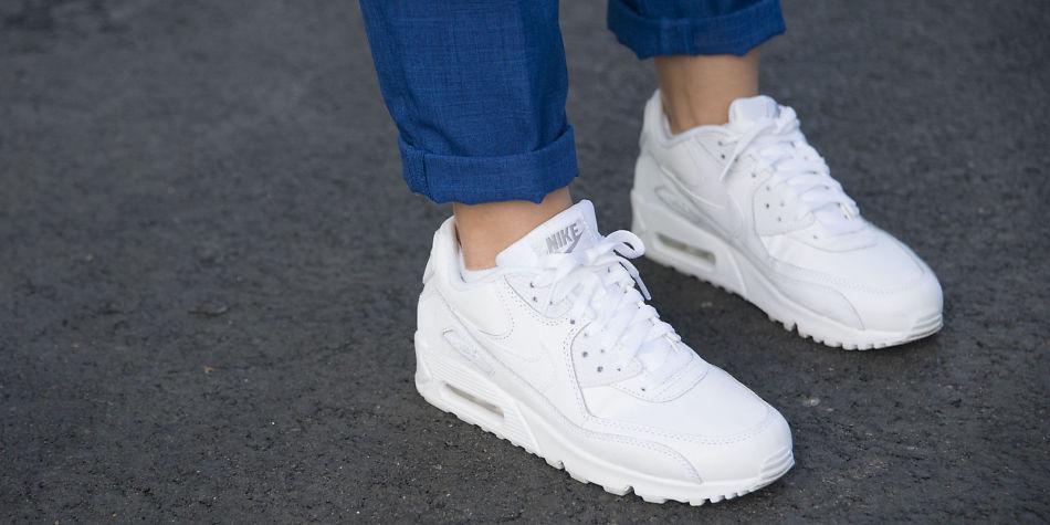 Slik sneakersene hvite største holder no MinMote Norges du moteside w80PXNOnk