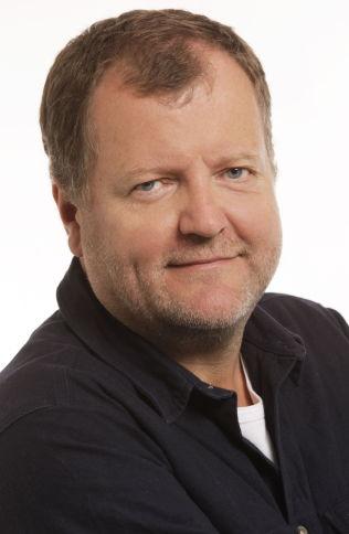 <p>UNDERHOLDNINGSREDAKTØR I NRK: Charlo Halvorsen.<br/></p>