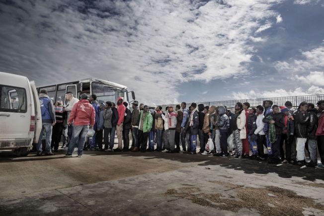 <p><b>EKSTRA SÅRBARE:</b> – Debatten om de syriske flyktningene handler om hvem vi har et ansvar for å hjelpe, og hvor nøden er størst. Det handler om den enkelte mann og kvinne vi bør åpne våre armer for, skriver kronikkforfatterne fra organisasjonen Åpne Høyre, en løs gruppering av homser og lesber som er medlemmer av Høyre.<br/></p>
