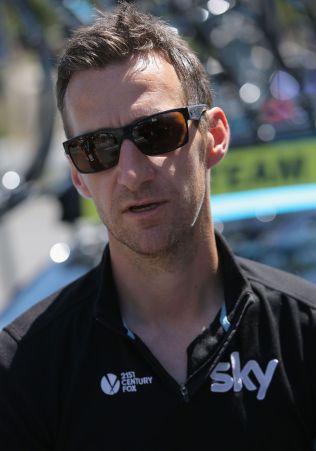 <p>2014: Arvesen som Team Sky-sjef 17. mai 2014.</p>