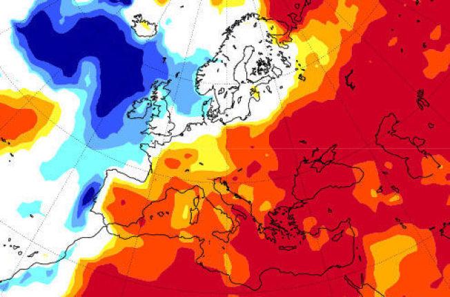 <p>ISKALD NORDATLANTEREN: Det europeiske værsenteret har ingen supersommer i sikte for Skandinavia og England. Det store, kalde blå området i Nord-Atlanteren kan være årsaken. Merk varmen i Øst-Europa.<br/></p>