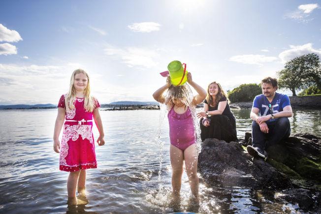 <p>ENDELIG SOMMER!: Familien Bjørnsen nyter finværet på Huk. De er ikke imponerte over været så langt i juni, men mener at det er sommer bare man bestemmer seg for det. Fra venstre: Thalia Bjørnsen (8), Kaja Bjørnsen (5), Renate Bjørnsen (44) og Jan Bjørnsen (47).</p>