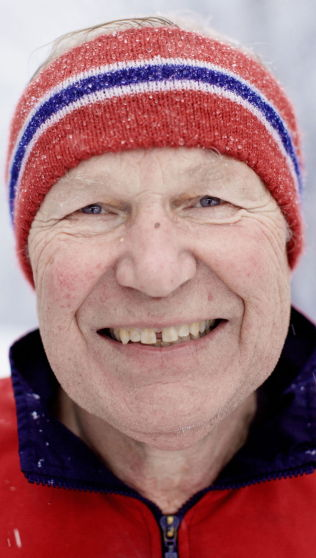 <p>ÅTTE VINTER-OL: Arne Scheie dekket åtte vinter-OL for NRK. Han synes det er leit at de åpne TV-kanalene ikke lenger har rad til OL-rettighetene.<br/></p>