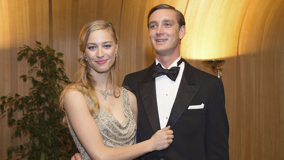 4e399890d405 JUST MARRIED  Beatrice og Pierre ble viet i en borgelig sermoni i Monaco  lørdag formiddag