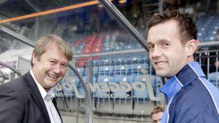 <p>MØTES IGJEN: Malmö-trener Åge Hareide og Ronny Deila i Celtic møtes i Champions League-playoff. Her møtes de to på Viking stadion som Viking- og Strømsgodset-trener i 2010.<br/></p>
