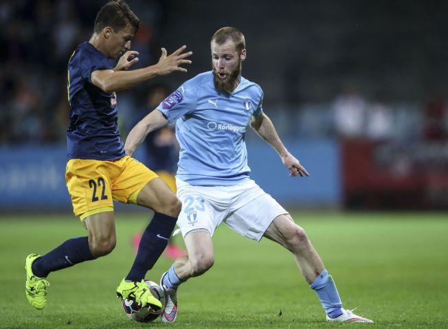 <p>TIL CELTIC: Jo Inge Berget i aksjon mot Salzburg på onsdag. Nå skal han og resten av Malmö til Skottland for å møte Celtic.<br/></p>