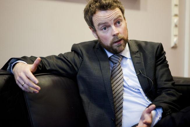 <p>VIL STRAFFE SKOLEEIERE: Kunnskapsminister Torbjørn Røe Isaksen.<br/></p>