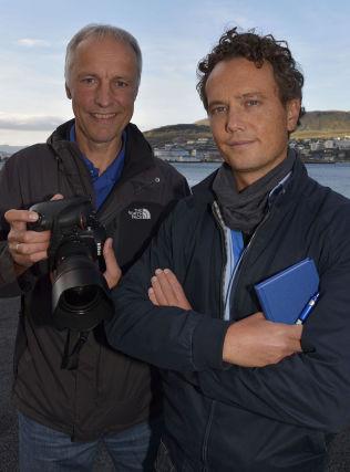 <p>I ALTA: VG-fotograf Terje Mortensen og reporter Nilas Johnsen<br/></p>