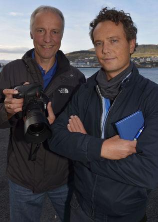 <p>I GRATANGEN: VG-fotograf Terje Mortensen og reporter Nilas Johnsen<br/></p>
