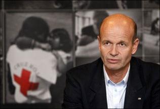 <p>KREVER LØSNING: – Krigen i Syria utvikler seg hver eneste dag til det verre, sier president Sven Mollekleiv i Norges Røde Kors.<br/></p>