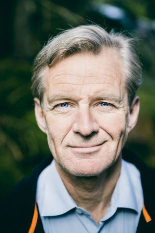 ROSER REGJERINGEN: Generalsekretær i Flyktninghjelpen, Jan Egeland.