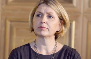 <p>SKOLEBYRÅD: Kristin Vinje (H), som fra før er utdanningspolitiker på Stortinget, er nå fungerende skolebyråd i Oslo kommune for sykmeldte Anniken Hauglie.<br/></p>