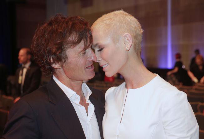 <p>ÆRLIG: På Eat-konferansen i Stockholm i juni ga Gunhild Stordalen sin mann Petter Stordalen et kyss. Nå skriver han om opp- og nedturene.</p>