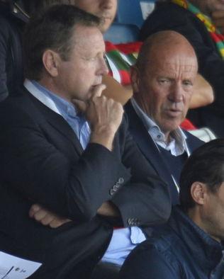 <p>ØNSKER FORANDRINGER: Bjarne Berntsen (t.v) og Nils Johan Semb er blant medlemmene i seriekomiteen som ønsker å kutte Tippeligaen fra 16 til 14 lag.<br/></p>