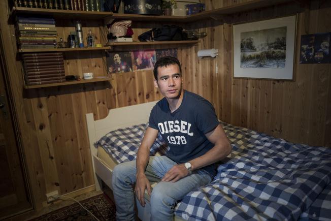 <p>HJEMME PÅ TRYSIL: Ismat Mohammadi (23) bor nå på Trysil, og går på videregående for å bli snekker.</p>