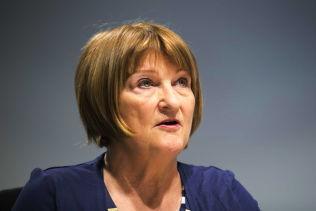 <p>SLÅR TILBAKE: UNE-direktør Ingunn-Sofie Aursnes.</p>