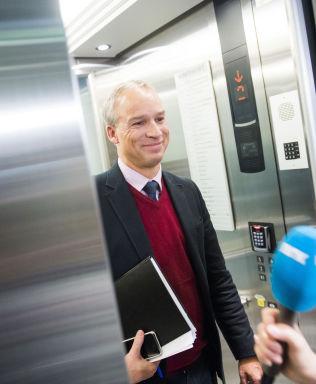 <p>OPTIMISTISK: Hans Olav Syversen (KrF) har håp og tro på at de kommer videre i budsjettforhandlingene lørdag.<br/></p>