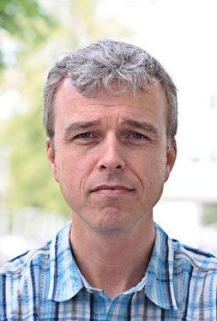 <p>UFORSTÅELIG PETRO-FORSKNING: Klimaprofessor Helge Drange vil at forskningsmilliardene til olje- og gass heller brukes på fornybarteknologi.<br/></p>