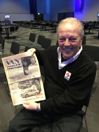 <p>VANT VM: Thor Hansen ble overrasket med VG fra 1988, etter hans VM-tirumf, under årets poker-NM.<br/></p>