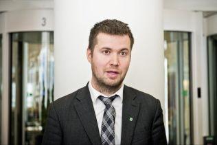 <p>STEMMER MOT: Geir Pollestad (SP) stemmer mot forslaget om flyseteavgift, men det får etter alt å dømme flertall i Stortinget.<br/></p>