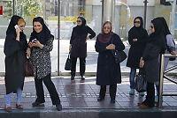 Storaksjon i Iran mot «dårlig hijab» i bilen