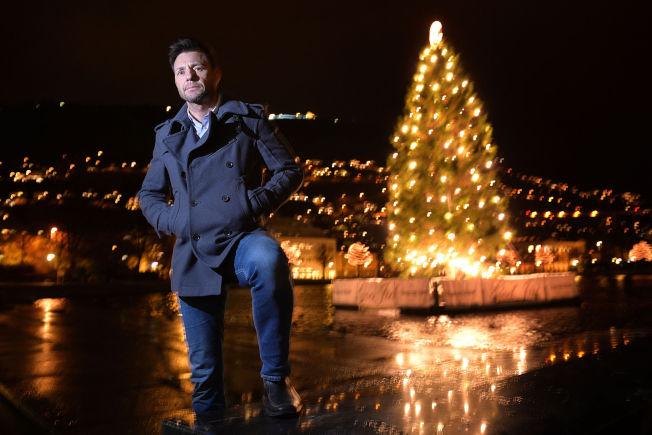 <p>SEIRET: VG's lesere har kåret politietterforskeren Robin Schaefer til Årets navn 2015. Her på Festplassen i Bergen tidligere denne uken.</p>