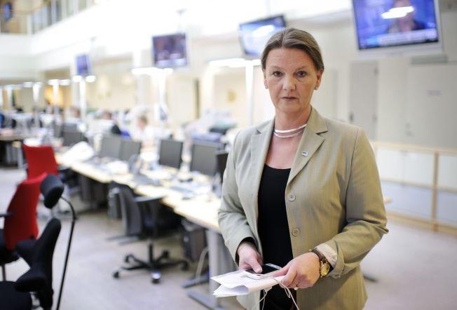 <p>VIL STRAMME INN: Høyre vil stille en rekke nye krav til dem som ønsker å få permanent oppholdstillatelse i Norge. – Å stille krav er å vise respekt for dem som skal inn i landet, sier stortingsrepresentant Ingjerd Schou (H).</p>