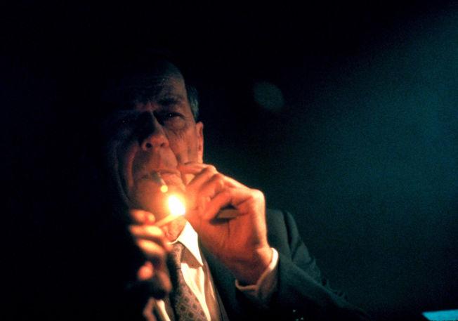 Røyker kontaktannonser