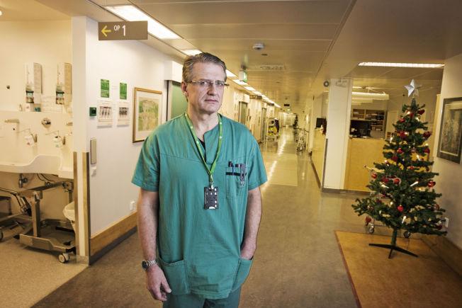 <p>ANSVARLIG: Overlege Arnt Fiane er leder av hjertekirurgisk avdeling på Oslo universitetssykehus. Til VG sier han at han burde ha sjekket om dødsfallet var meldt til politiet eller ikke.</p>