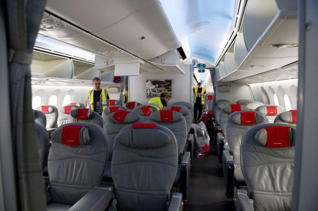 <p>SJEKK FØR AVGANG: Flyselskapene tar sikkerheten på største alvor. Her sjekkes et Norwegian-fly før avgang fra Gardermoen.<br/></p>