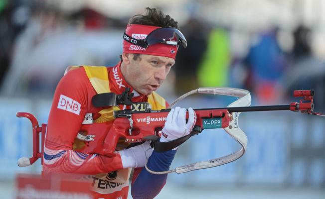 <p>SYKDOMSTRØBBEL: Ole Einar Bjørndalen har vært Norges beste skiskytter denne sesongen. Nå er han satt tilbake av et virus.</p>