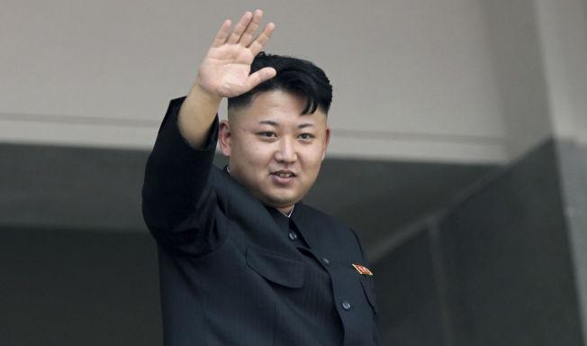 <p>HVOR FARLIG ER HAN? Oberstløytnant Palle Ydstebø er sjef for seksjon for militærstrategi og doktrine ved Forsvarets stabsskole, og han mener Nord-Koreas president Kim Jung-Un er mer farlig for sin egen befolkning enn for verden.</p>